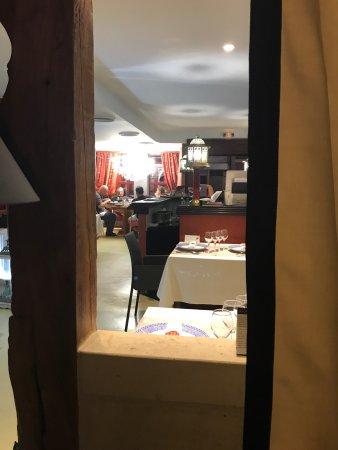 restaurant l 39 orient espace dans arras avec cuisine moyen. Black Bedroom Furniture Sets. Home Design Ideas