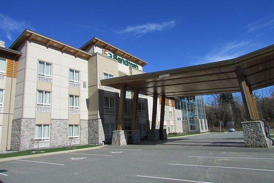 Sandman Hotel & Suites Squamish: Exterior