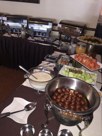 Haddonfield, นิวเจอร์ซีย์: Lunch Buffet 7 Days a Week 11:30am-3pm