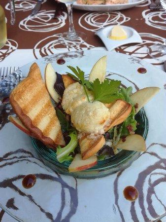 Fosses-la-Ville, Belgien: Nous sommes retournés samedi soir et avons opté pour la salade de chèvre chaud et le magret de C
