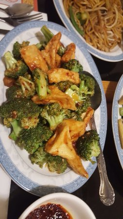 North Cape May, NJ: Broccoli with tofu in schezwan sauce