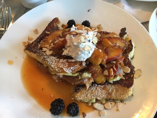 The Blue Door Cafe and Bakery: Peach and berry french toast
