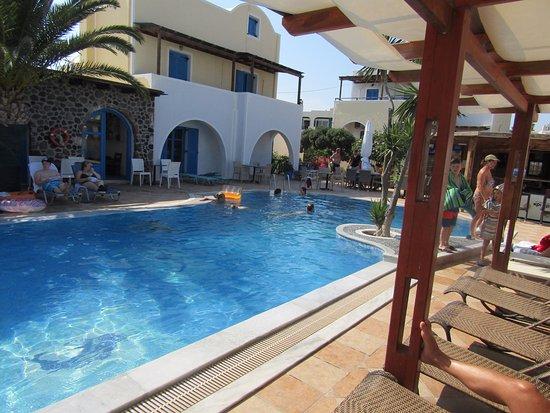 Hotel Eleftheria: Clean pool