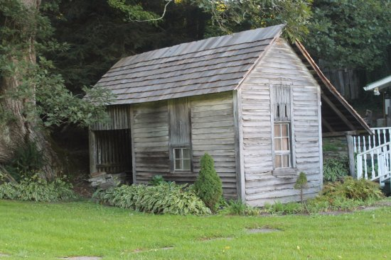 Valle Crucis, NC: Another original building on the property