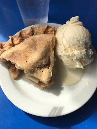 Betty's Pies: photo1.jpg