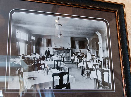 Condon, OR: A picture of the dining facilities circa turn-of-the-century.