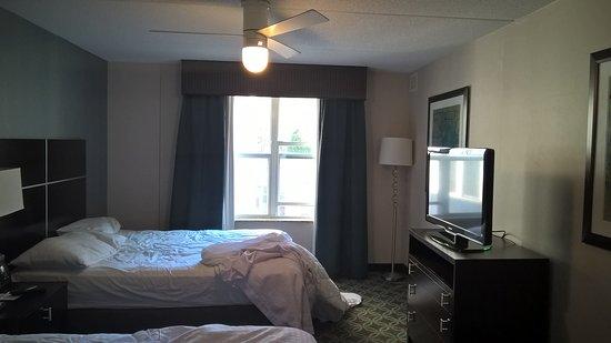 Homewood Suites by Hilton Boston/Canton, MA: Grandes habitacioines y camas comodas