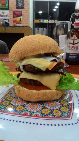 Sao Leopoldo, RS: Excelente hambúrguer duplo