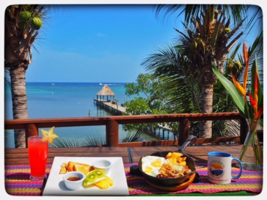 Tranquilseas Eco Lodge and Dive Center: Breakfast: Steak& Skillet