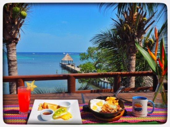 Tranquilseas Eco Lodge and Dive Center: Breakfast: Steak& Skillet