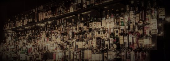 ‪‪Howlin' Wolf Bar‬: Over 250 whiskeys to choose from‬