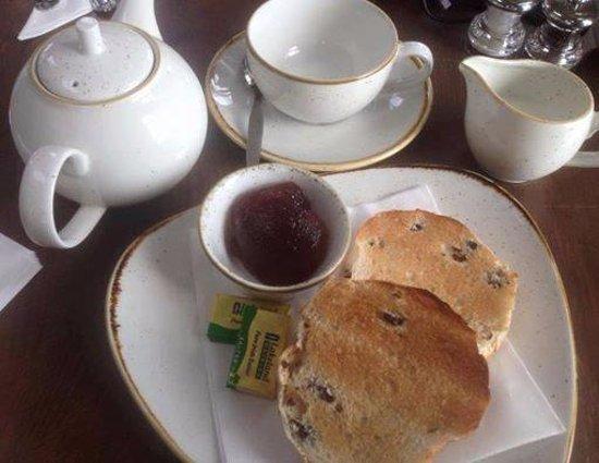 Rainhill, UK: Toasted Tea Cake