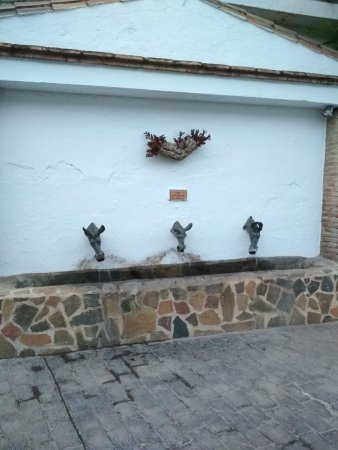 Genalguacil, España: IMG_20170825_204919_large.jpg
