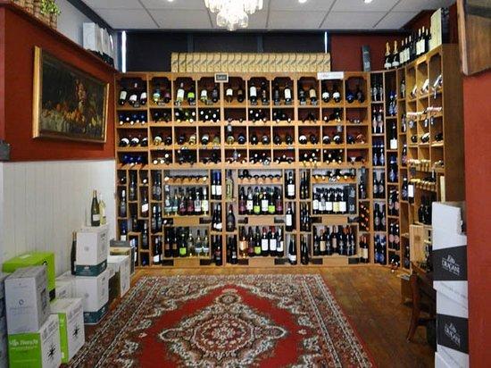 Vlaardingen, Niederlande: the wine corner