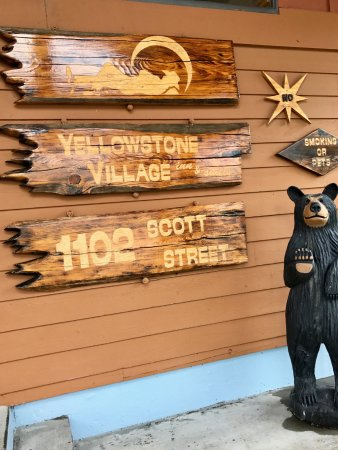 Yellowstone Village Inn: I made sure I took this to never forget the name and memory.