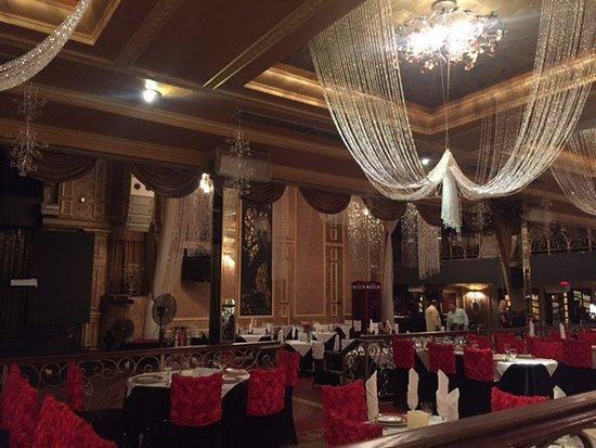 Tatiana Club & Restaurant: Из далека все кажется все очень достойным.