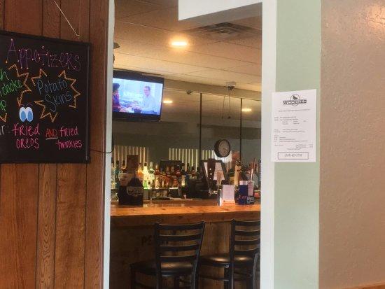 Stevensville, MI: peek into the bar area