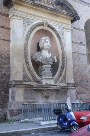Roman Walls: A portion of the ancient Roman Aurelian Wall