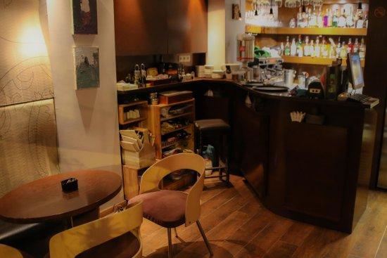 EGO restaurant: Indoors
