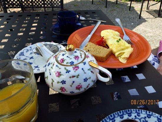 Tolland, Κονέκτικατ: Tea service