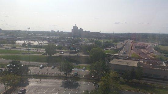 Newark Liberty International Airport Marriott Photo