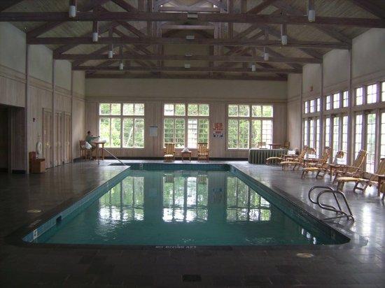 South Boston, Βιρτζίνια: Pool at Berry Hill Resort Boston