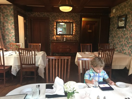 Fryeburg, ME: one of the dinning rooms