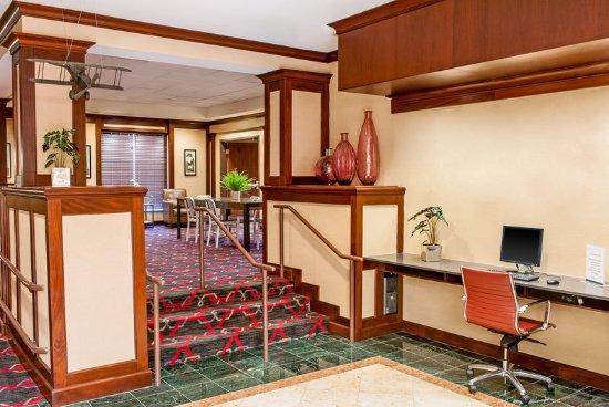 Revere, MA: Business Center