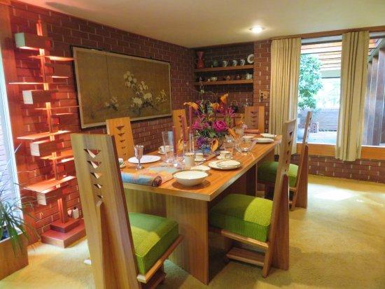 Samara House: Dining Room