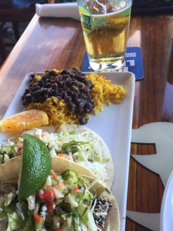 Φορτ Πιρς, Φλόριντα: Tuna tacos, rice and beans