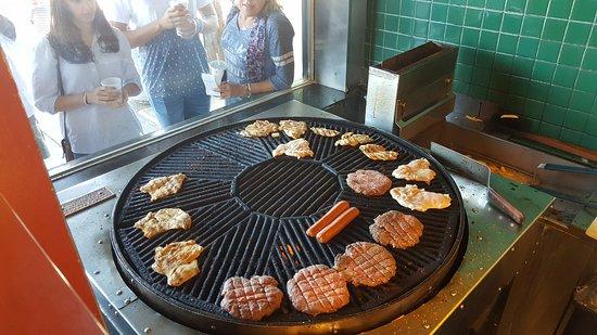 Hamburgers: 20170828_143005_large.jpg