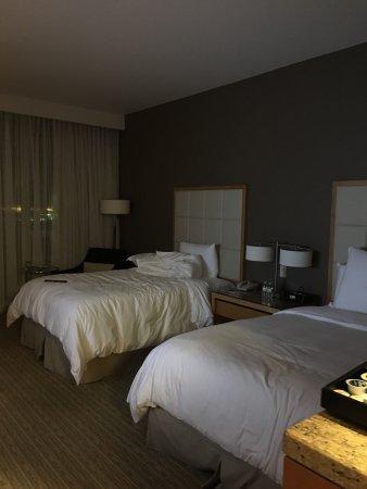 Four Seasons Hotel St. Louis: photo0.jpg