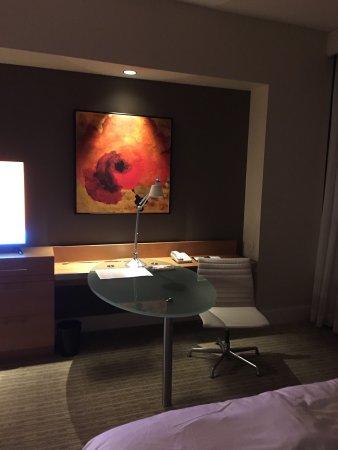 Four Seasons Hotel St. Louis: photo1.jpg