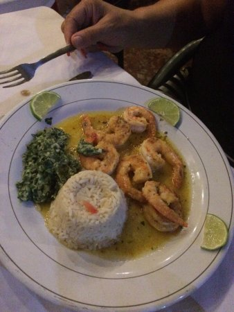 Toscana : Garlic shrimp- large juicy shrimp in tangy garlic sauce with rice & accompaniments