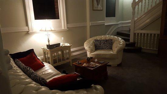 Fremantle Bed and Breakfast : 20170828_182058_large.jpg