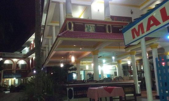 Malabar Cafe: 20170730_195816_large.jpg