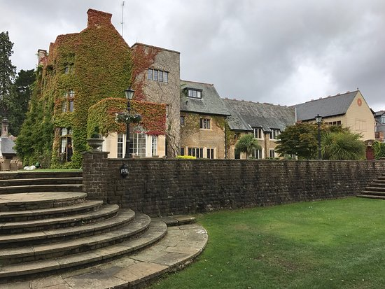 Pennyhill Park, an Exclusive Hotel & Spa: photo0.jpg