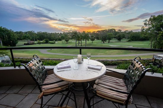 Noosa Springs Golf & Spa Resort : Noosa Springs Relish Restaurant