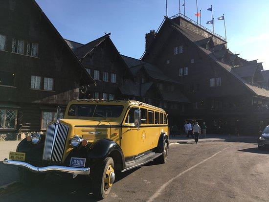 Old Faithful Inn: photo0.jpg