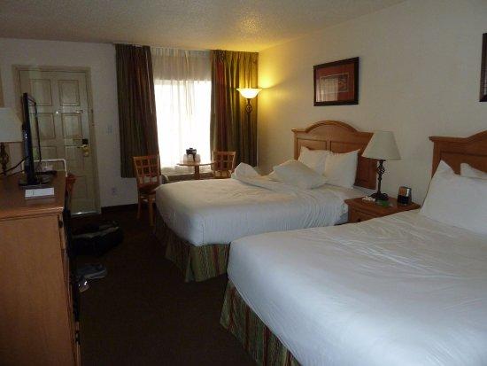 Cimarron Inn & Suites Klamath Falls Image