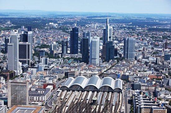 Le Meridien Frankfurt: Aerial view of Frankfurt