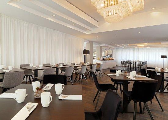 Le Meridien Frankfurt: The Legacy Bar & Grill