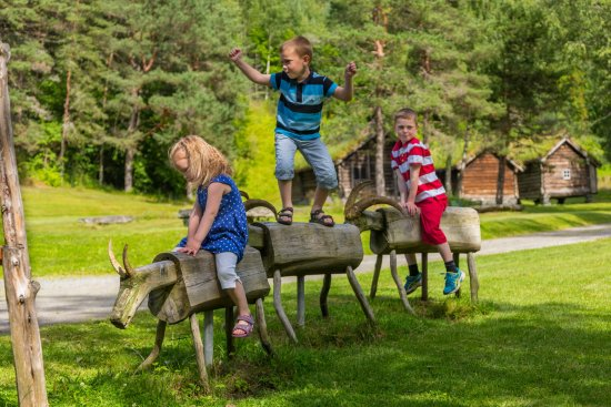 Sandane, Norway: Nordfjord Folk Museum also offers a variety of activites for families during the season.