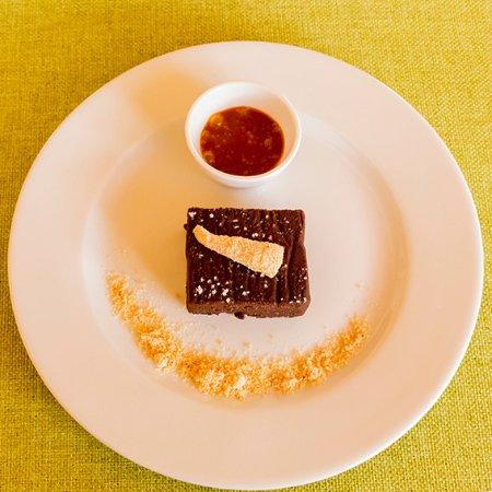 Кот-д'Ор, Франция: Moelleux au chocolat, sauce au caramel... Pour finir en beauté...