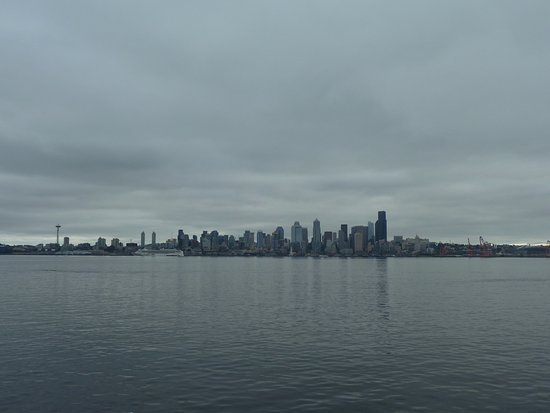 The Grove West Seattle Inn: Blick auf Seattle von dem Watertaxi aus
