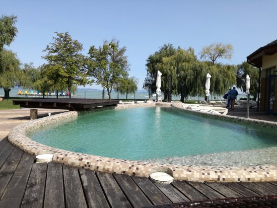 Panorama Hotel: Outdoor pool