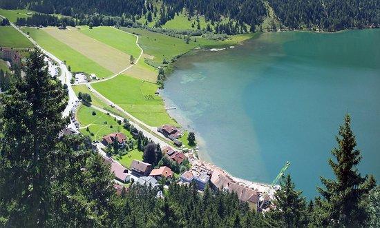 Nesselwaengle, Αυστρία: Lage vom Adlerhorst oberhalb gesehen.