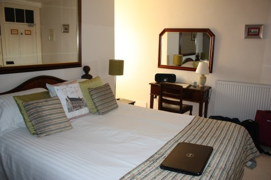 Shrewton, UK: Sir Nathaniel's Room 2