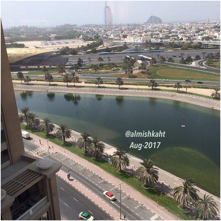 Sheraton Dubai Mall of the Emirates Hotel: Beautiful sea view of Dubai