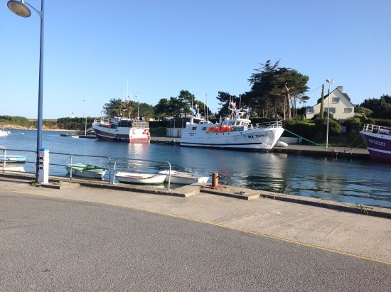 Sibiril, Francia: 2 mins away down the slipway